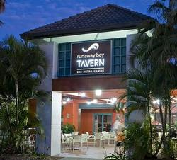 Runaway Bay Tavern - Accommodation Port Hedland