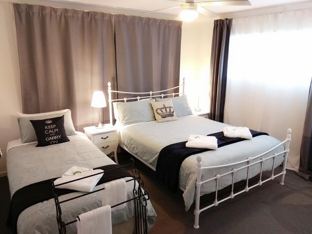 Victoria At Redcliffe Bed & Breakfast - Accommodation Port Hedland